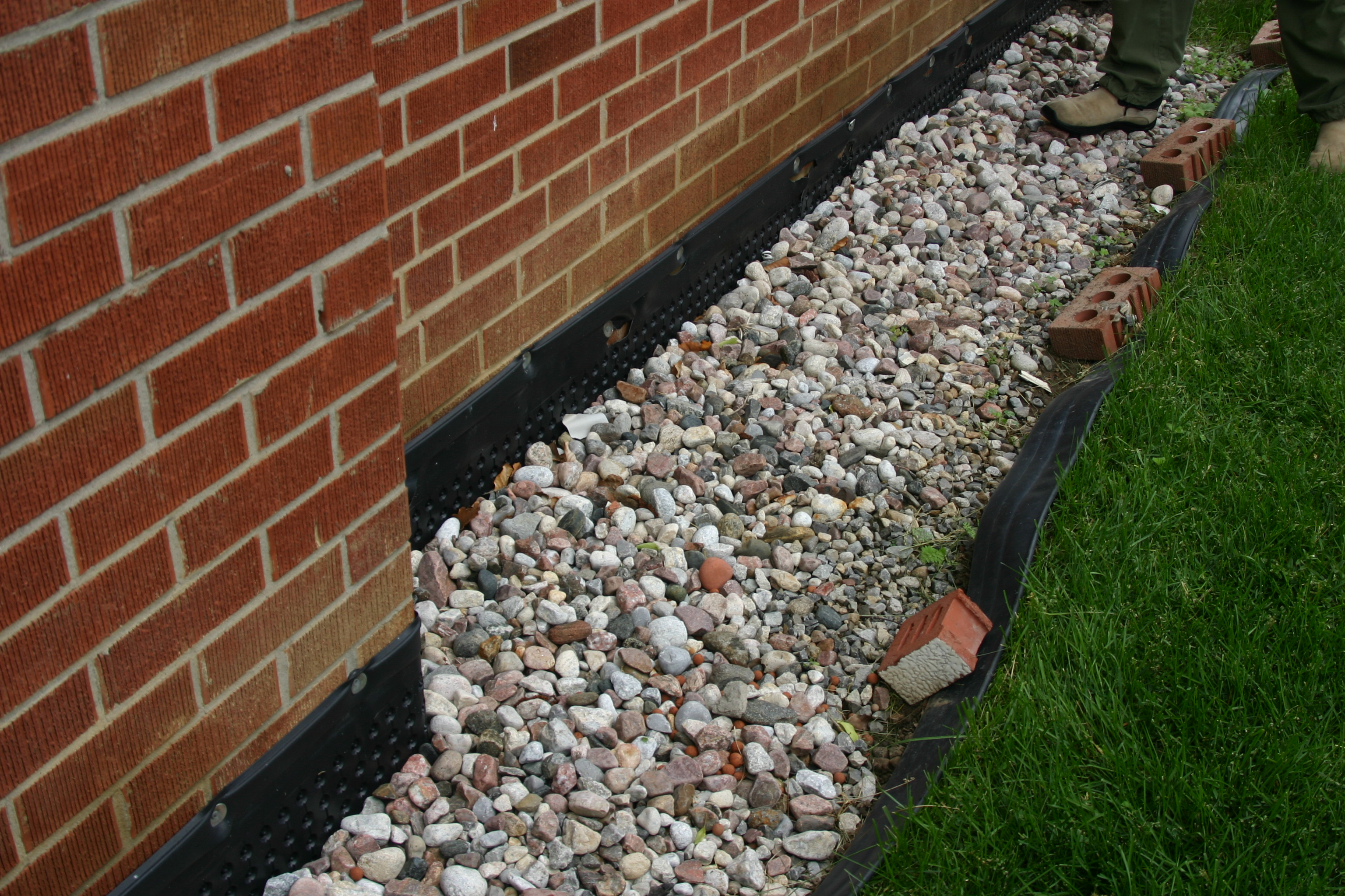Good landscaping practices and how can it save money on